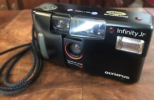 TESTED Olympus Infinity Jr Point and Shoot 35mm Film Camera NEW BATTERIES WORKS