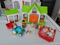 ELC Happyland Farm Barn Stable 10 figures Pen Tractor/trailor
