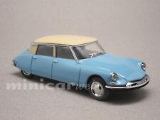 CITROEN DS 19 BLEUE, voiture miniature 1/43e VITESSE 23505