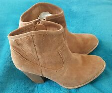 BONBONS Tan Brown Suede Boho Cowgirl Leather High Heel Wood Ankle Boots size 35
