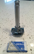 Muhle R89 safety razor with stand and Kai razors