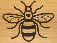 Bee Crown Queen Honey Bee Fun Window Bumper Sticker Vinyl Decal 15CM x 11.9CM