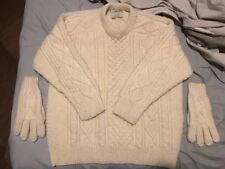 Men's Irish Aran Sweater Super Soft Merino Wool B919 Made in Ireland 2 gloves