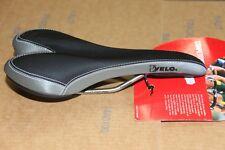 "NEUF : Pour velo VTT BMX >  Selle "" VELO COMPETITION "" ,  Rails Titanium"