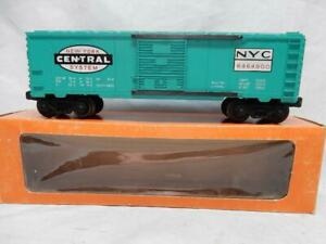 POSTWAR LIONEL 6464-900 JADE GREEN NEW YORK CENTRAL BOXCAR, C-7 EXCELLENT