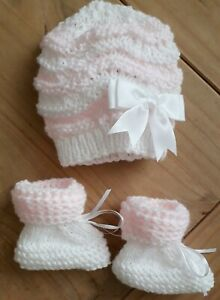 Pink &  Sparkling White /Newborn Hand  Knitted Baby set Hat and Booties