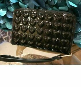 Marc Jacobs Embossed Hearts Continental Wallet, Wristlet Iphone Case Black NEW