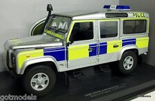UNIVERSAL HOBBIES 1/18 - UH3885 LAND ROVER TD5 DEFENDER STATION WAGON UK POLICE