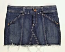 Womens  Levis Denim Mini Skirt Size 28 Classic style Red Tab 4 pockets cowgirl