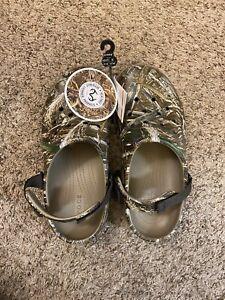 Camo crocs