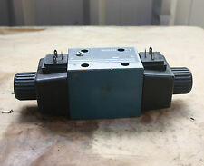 BOSCH R200b 965 0 810 001 720  Solenoid Operated Directional Control Valve