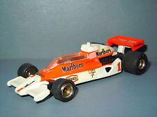 McLaren M26 van Technica Edai Japan