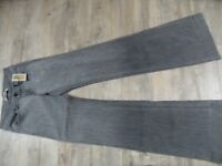 J BRAND coole Jeans MONROE mid rise, wide leg grau Gr. 24 NEU KoS1217