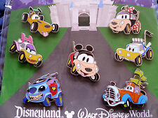 Disney * FAB CHARACTERS AS CARS * 7 Pin BOOSTER Set - Mickey Stitch Pluto Donald