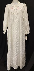 NWT Vintage Gilligan O'Malley Long Lawn Gown Robe Embroidered Victorian Cotton