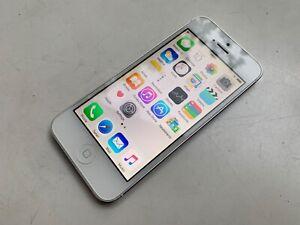 iPhone 5 iOS 8.4 16GB White 10/10 Condition