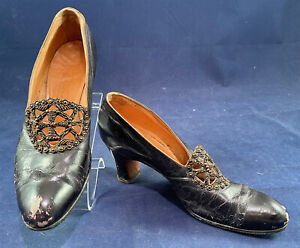 Edwardian 1911 Vintage Loeser & Co Aubergine Leather Bronze Beaded Buckle Shoes