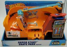 Hot Wheels City Super Stunt Skate Park Play Set Mattel New