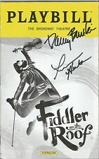 Театральная афиша с автографом