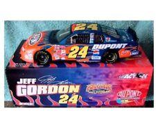 2002 02 Action RCCA Jeff Gordon 1/24 Bank #/2800 Chevrolet 24 DuPont Flames