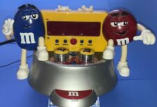 M&M's Collectible AM/FM Radio Digital Alarm Clock Electric Blue/ Red