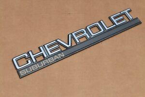 88 89 90 91 92 93 94 Chevy Chevrolet Suburban Rear Emblem Tailgate Barn Door