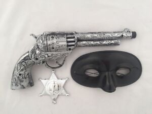 Western Cowboy Gun, Sheriff Badge and Mask Set