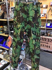 British Army 68 Pat Combat Trousers Size 30 Waist 33 Inch Inside Leg.
