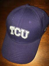 TCU Horned Frogs Flex Fit Medium/Large Hat (Baseball Cap) Purple
