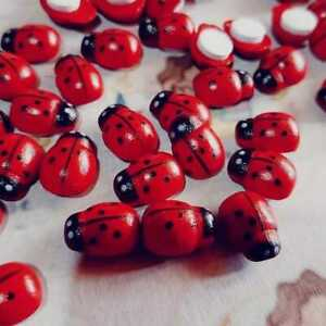 100pcs/lot Mini Cabochon Ladybug Fairy Garden Miniatures Garden Ornament Crafts