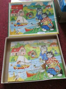 Vintage Wooden Children's High Spot Jigsaw sailing and painting scene.35 - piece