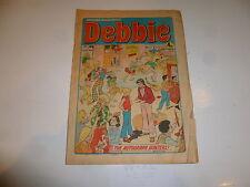 DEBBIE Comic - Issue 92 - Date 16/11/1974 - UK Paper Comic