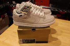 Nike Dunk Low Premium WP Medicom 5 Gortex SB 321721 001 Size 9.5 DS New Supreme