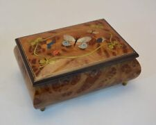 Made in Italy Sorrento Nature Butterflies inlay Music Box (Sankyo 18 notes)