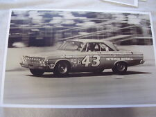 1964  PLYMOUTH RICHARD PETTY  CAR 43  11 X 17  PHOTO /  PICTURE