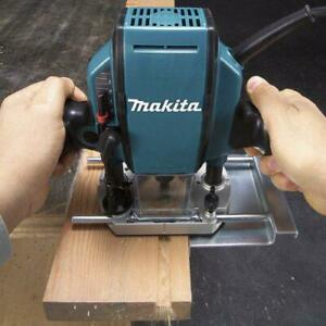 Makita RP0900K 1-1/4 Hp 8.0 Amp 27,000 Rpm 1/4-Inch Smooth Plunge Router
