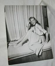 LAUREN BACALL VINTAGE 8X10 PHOTO CANDID ON HOW TO MARRY A MILLIONAIRE SET