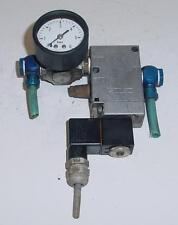 Manomètre limiteur des pression SMC type AR100P + électrovanne + bobine FESTO