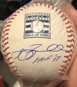 🔥Jeff Bagwell Autographed Hall of Fame Logo Baseball with HOF 17' Inscription🔥