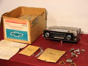 67 68 CAMARO FIREBIRD NOS DELCO GM PUSH BUTTON AM RADIO KIT