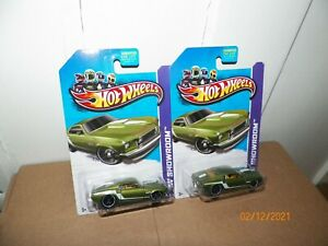 2 2013 Hot Wheels Showroom-Muscle Mania '69 FORD MUSTANG Green w/Black Pr5 SP
