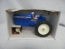 Ertl Scale Models 1/16 Ford 8000 Blue Die-cast Tractor New!