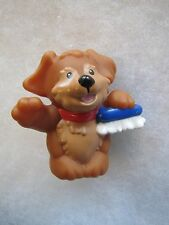 NEW! Fisher Price Little People BROWN PUPPY DOG with CAR WASH BRUSH Helper Pet