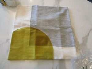 """West Elm Crewel Overlapping Shapes Pillow Cover, 18"""" 18""""  Pearl Gray New"""