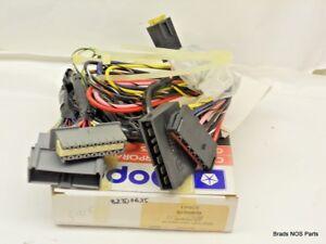 NOS Mopar Plymouth Chrysler Dodge Cableado Kit Alarma Y Keyless 82300635