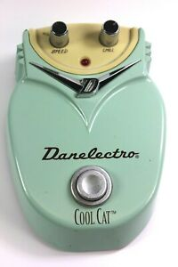 Danelectro Cool Cat Chorus DC-1 Effects Pedal Speed/Chill 18V