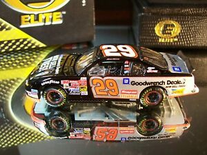 Kevin Harvick #29 GM Goodwrench Service On A Roll 2002 Chevrolet M.C. RCCA Elite