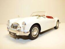 MGA 1600 MKII blanc 1961 1/18