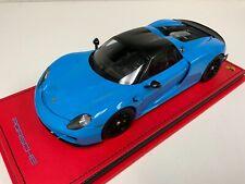 1/18 AutoArt Porsche 918 Spyder in Riviera Blue on Custom Red Leather base