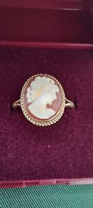 9ct Gold Shell Cameo Ring